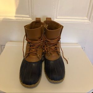 Bean Boots Navy & Tan